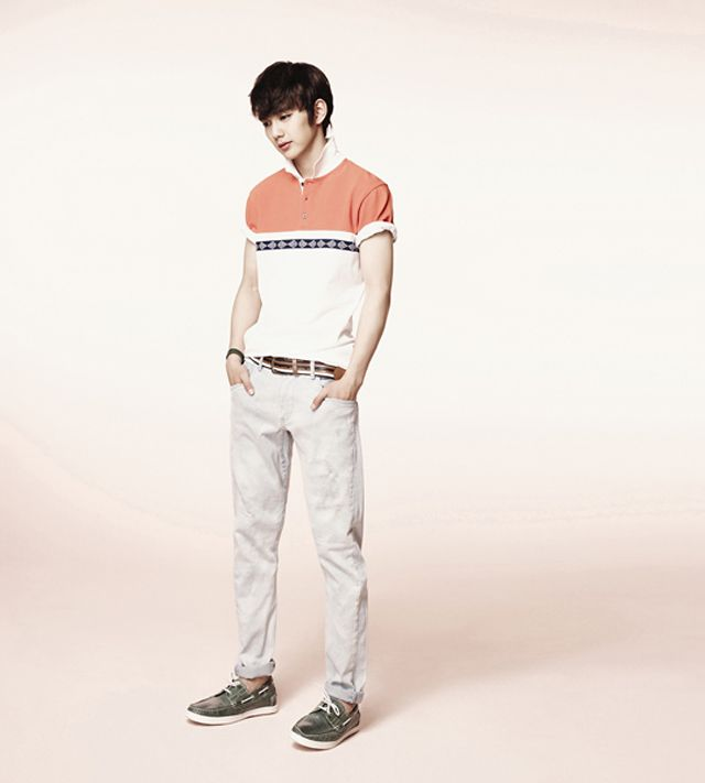 Kpop gallery since 2008 happiness is not equal for everyone yoo g by guess has released more photos of iu and yoo seung ho modeling its 2012 summer line jump here to view their other recently unveiled summer ads thecheapjerseys Images