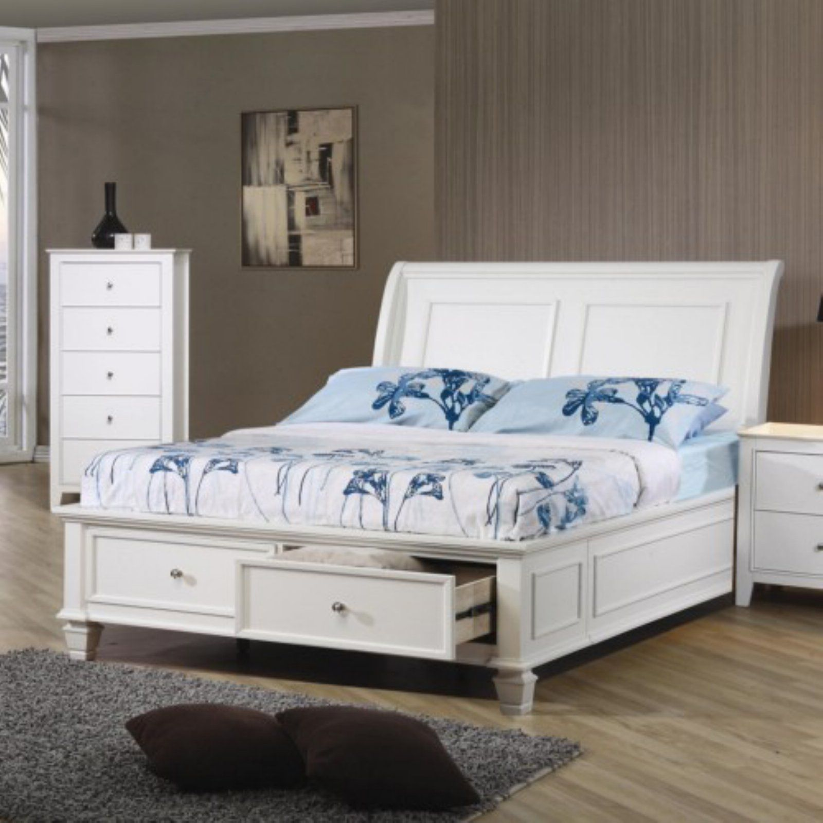 Coaster Furniture Selena Sleigh Bed with Footboard Storage