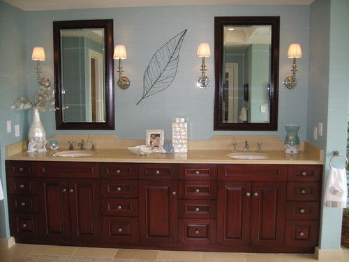 Noela - Honolulu Hawaii - tropical - bathroom - hawaii - D ...