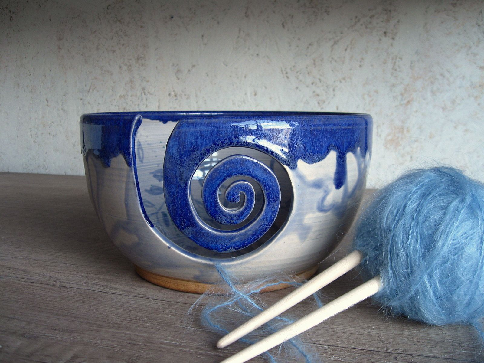 Ceramic Yarn Bowl, Blue Violet Knitting Bowl, Crochet Bowl, Craft Organizer, Yarn Storage, Yarn Dispenser, Handmade Ceramic Knitting Bowl #crochetbowl