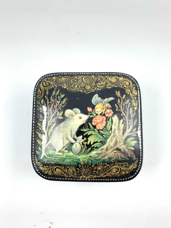 Ручная роспись, мышь из деревянного домика, русский лак, русское народное творчество, папье-маше, палех, миниатюрная живопись, мировое любопытство