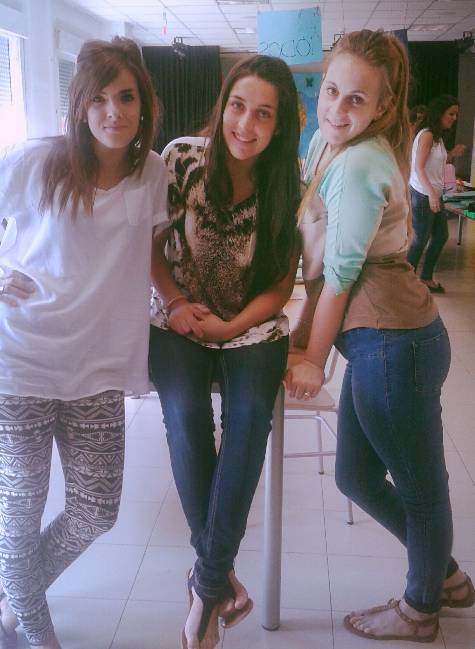 My friends Maria, Leire and Me in class