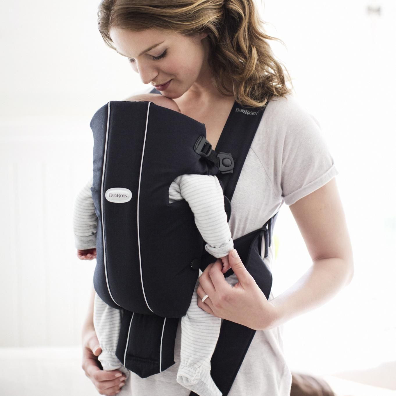 baby bjorn front pack
