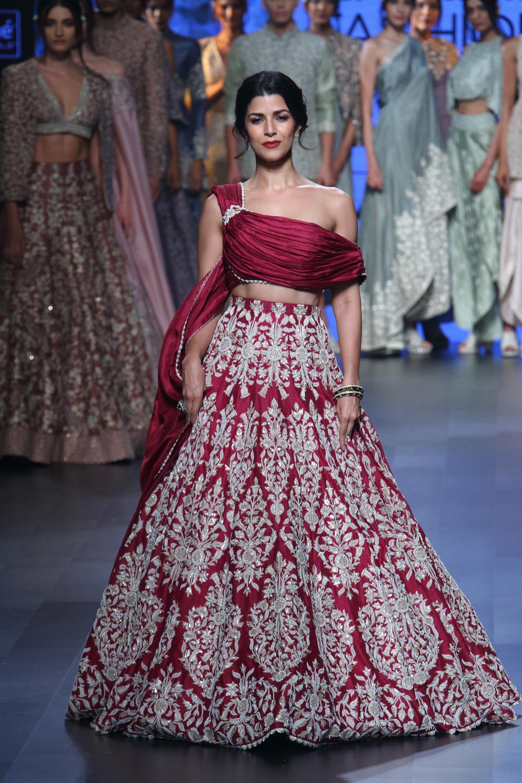 Sva At Lakme Fashion Week Summer Resort 2017 Lakme Fashion Week 2017 Lakme Fashion Week Indian Wedding Dress