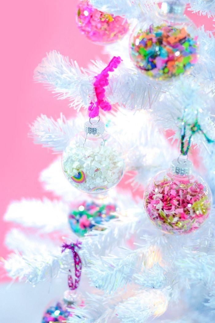 48 DIY idées pour créer une boule de Noël originale! #noel2019decopourenfant mini-arbre-de-noel-artificiel-sapin-blanc-deco-noel-a-fabriquer-bricolage-theconfetti-ornement-sapin-personnalisé #noel2019decopourenfant 48 DIY idées pour créer une boule de Noël originale! #noel2019decopourenfant mini-arbre-de-noel-artificiel-sapin-blanc-deco-noel-a-fabriquer-bricolage-theconfetti-ornement-sapin-personnalisé #noel2019decopourenfant