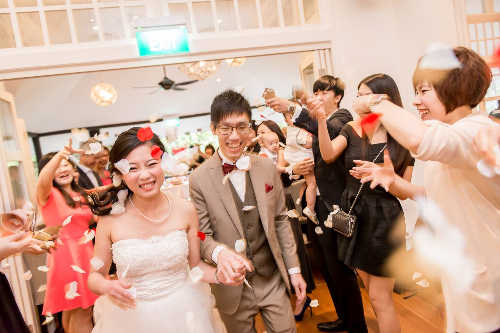 wedding reception photo booth singapore%0A Find memorable wedding or solemnisation venues that fit your budget