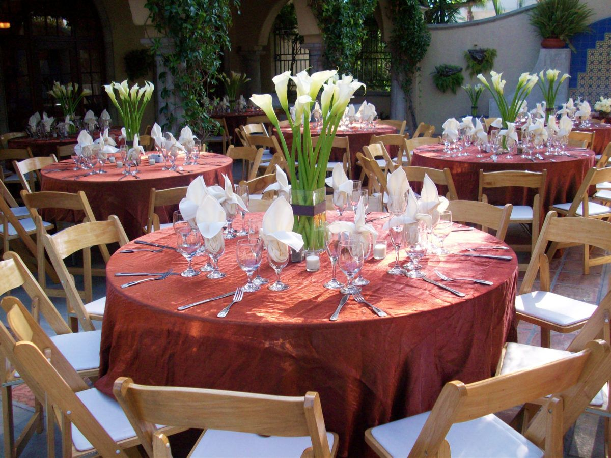 Outdoor courtyard hacienda wedding reception at the Green Parrot ...