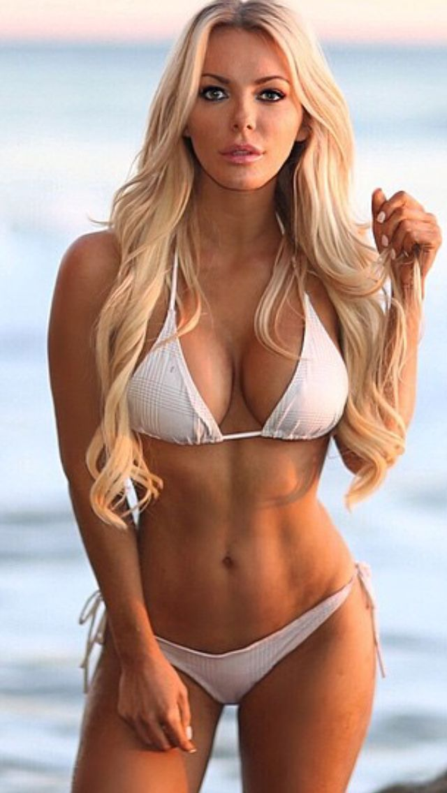 Hot blonde bikini girls