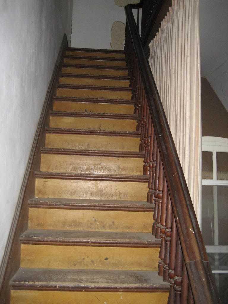 Best Image Result For Old Wooden Staircase Staircase Wooden 400 x 300