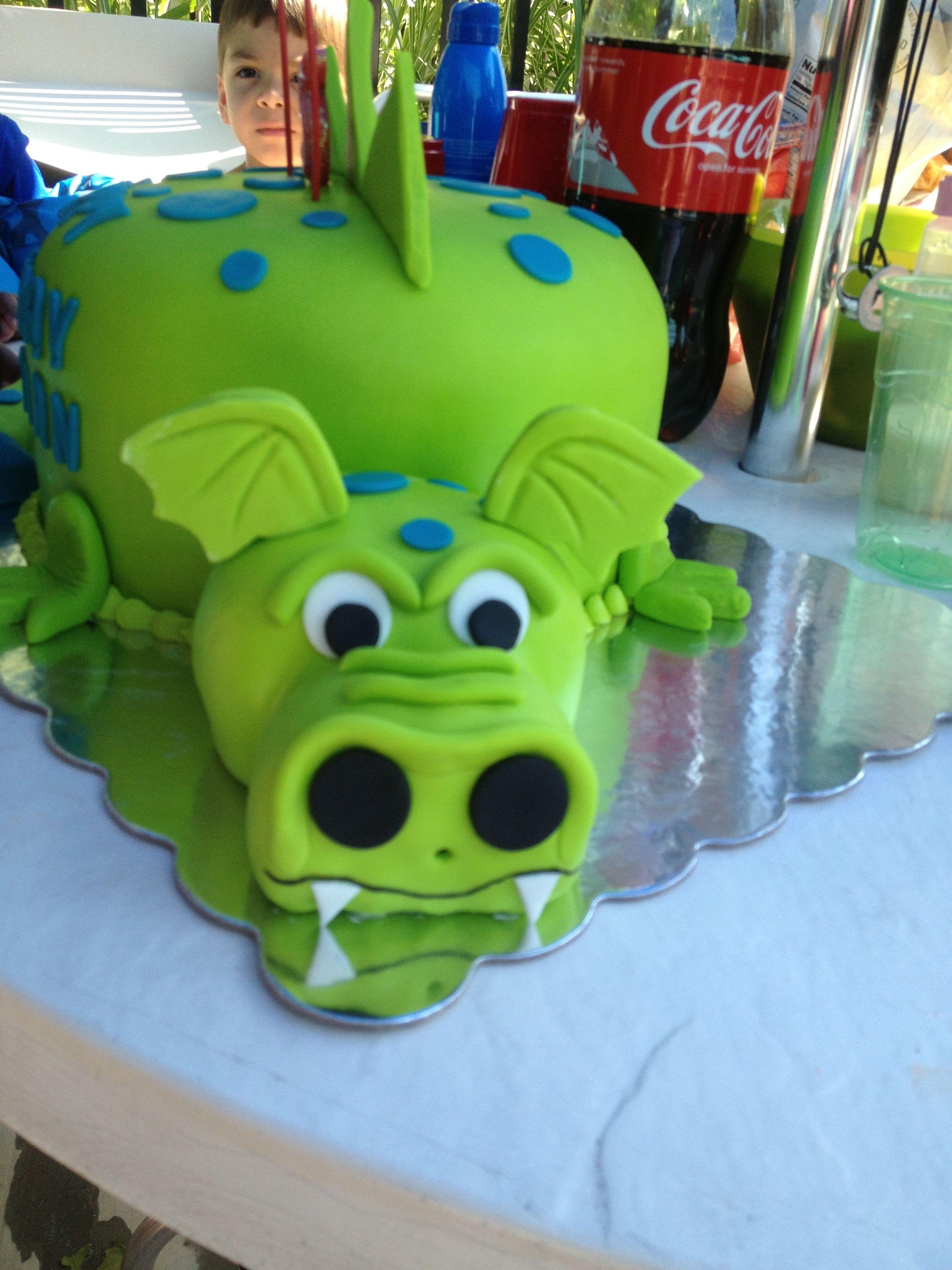 Dragon cake dragon cakes 3rd birthday cakes