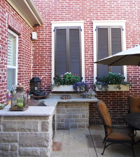 Brick Home Exterior Design Ideas: Great Idea For A Large, Blank Outdoor Brick Wall! Faux