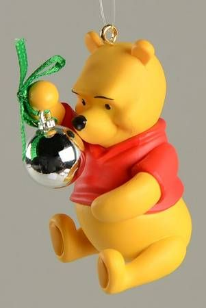 Hallmark Winnie the Pooh Pooh Reflects On Christmas - Boxed