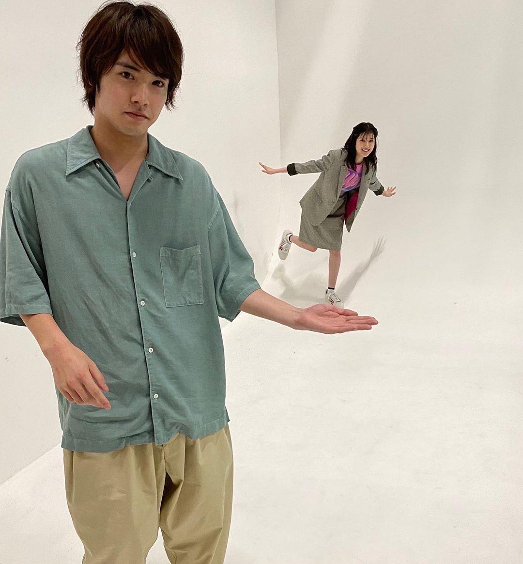 8 935 Likes 27 Comments 映画 思い 思われ ふり ふられ 公式 Furifura Movie On Instagram みんなの115万枚のフィルムキャンペーン 実施記念 ふりふらオ In 2020 Men Casual Button Down Shirt Mens Tops