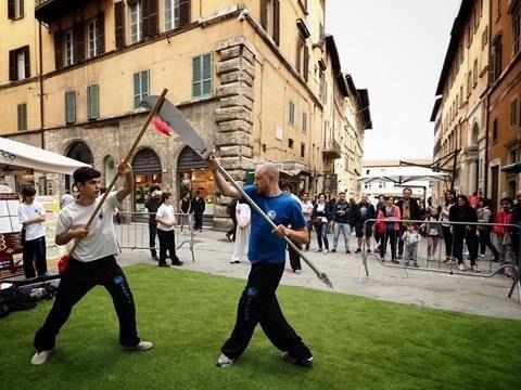 www.tianlongkungfu.com #Perugia - Festival del Calcio e dello Sport - La nuova scuola di kung fu, la Tianlong del maestro Edoardo Antolini ospite al grande evento della città di Perugia
