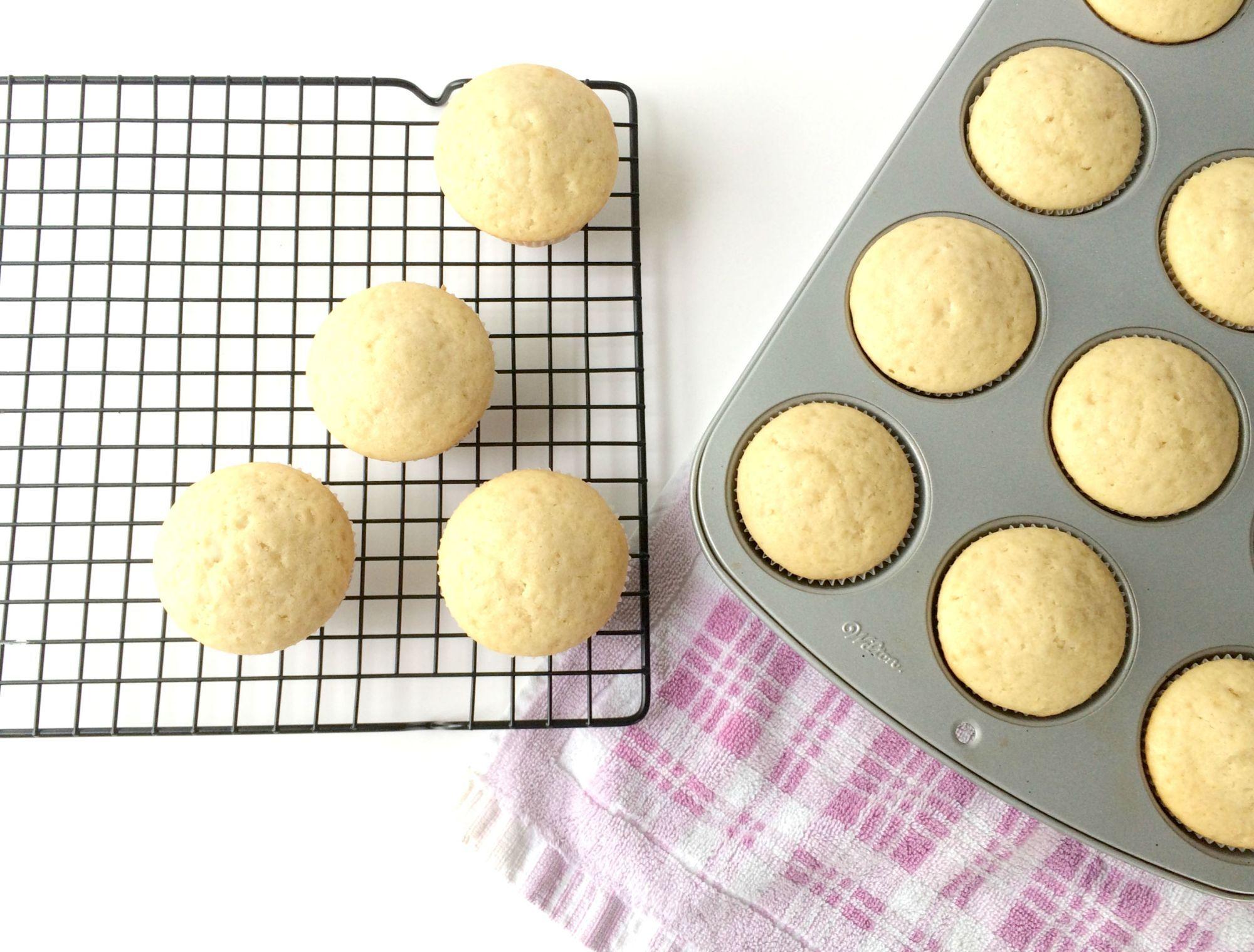 Img2338 Eggless Vanilla Cupcakes Cupcake Recipes Easy Vanilla Cupcakes