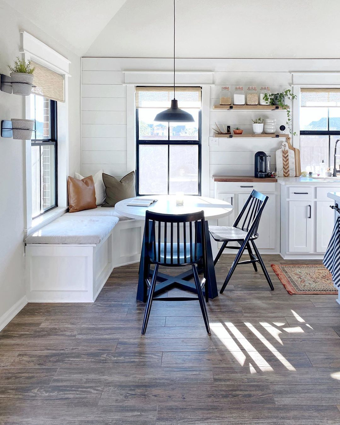 17 Best Kitchen Corner Bench Seating With Storage Ideas Kitchen Corner Bench Seating Banquette Seating In Kitchen Booth Seating In Kitchen Kitchen with bench seating