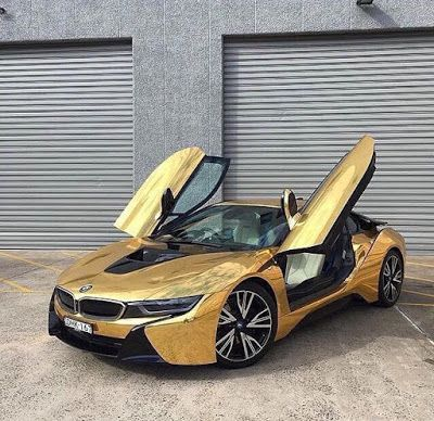 New Car Old Car Bmw I8 Gold Luxury Cars Bmw Bmw I8 Cars