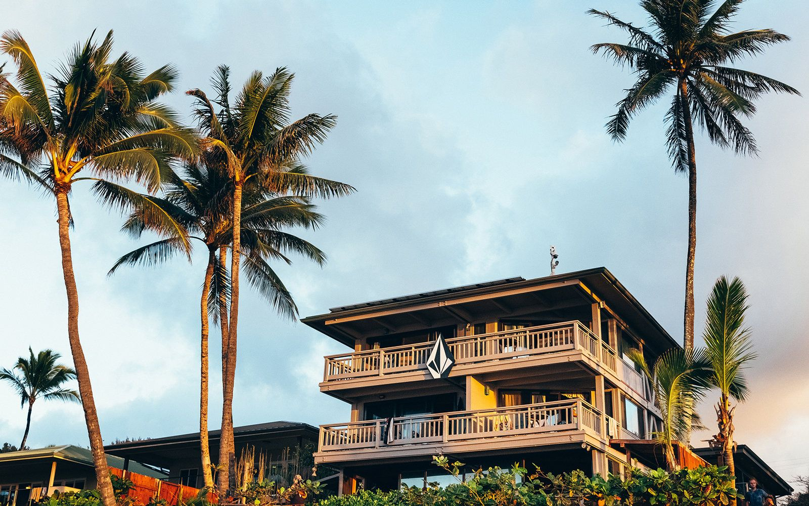 Heres how you can rent one of hawaiis most famous surf