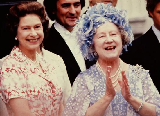 the queen mother celebrates her 80th birthday in the