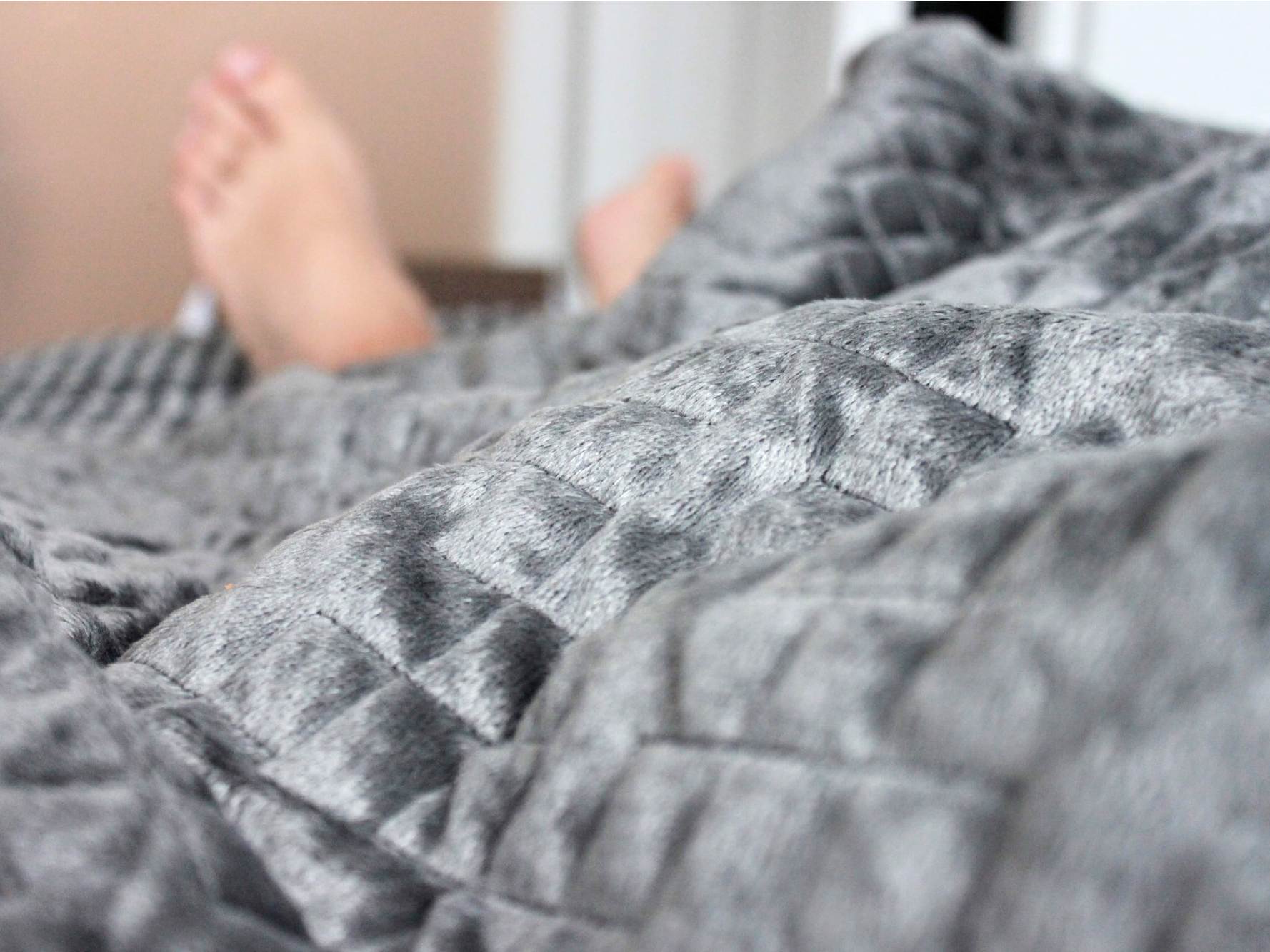 Gravity Blanket Review Why It S Worth Buying Gravity Blanket Weighted Blanket Blanket