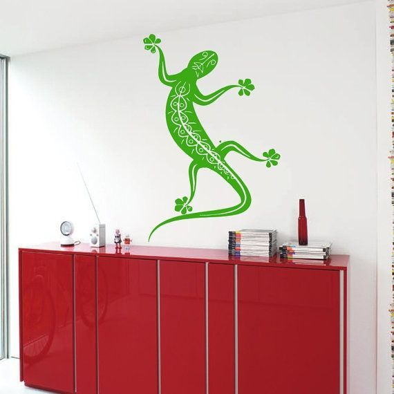 Reptile Vinyl Sticker Pets Decor Kids Wall Home Decor Vinyl Art Boy Girl Nursery Room Decor Sticker Decal size 33x52 Color