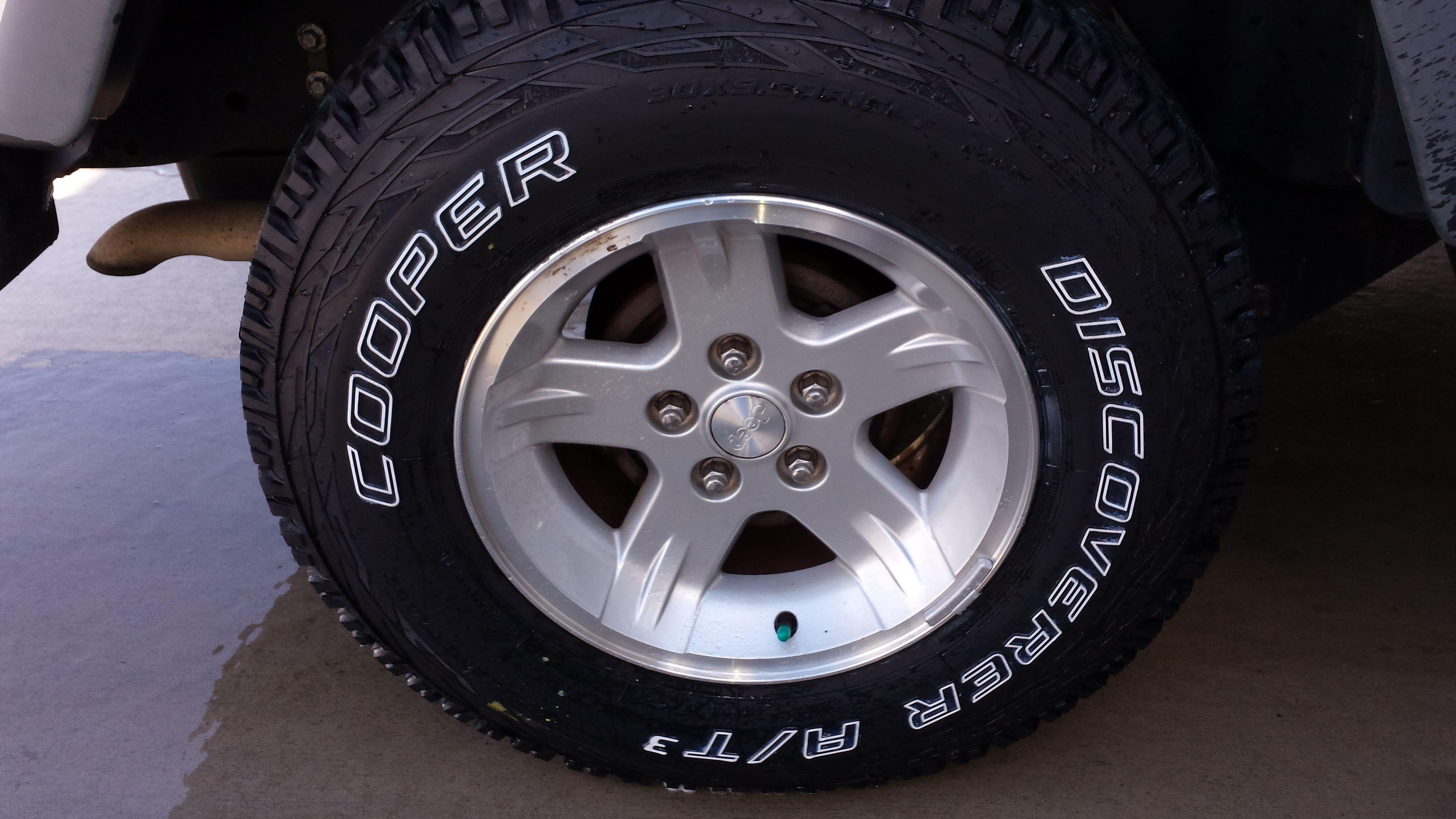 jeep wrangler just got new cooper discoverer at3 tires. Black Bedroom Furniture Sets. Home Design Ideas