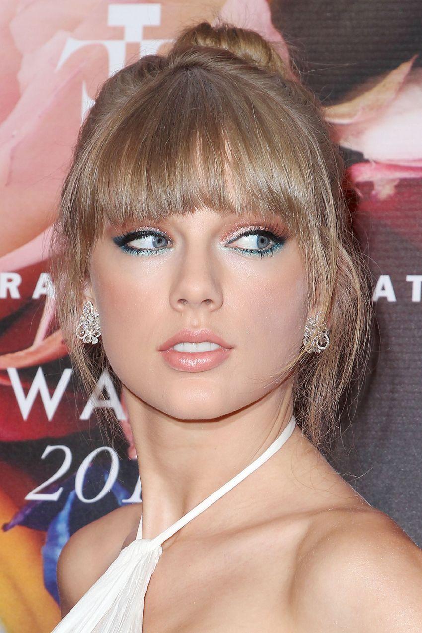 Taylor swift bangs