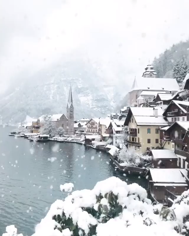 Switzerland is the ultimate winter vacation destination, Use our 6 Budget Travel Tips to save while there! #switzerland #travel #budget #trips