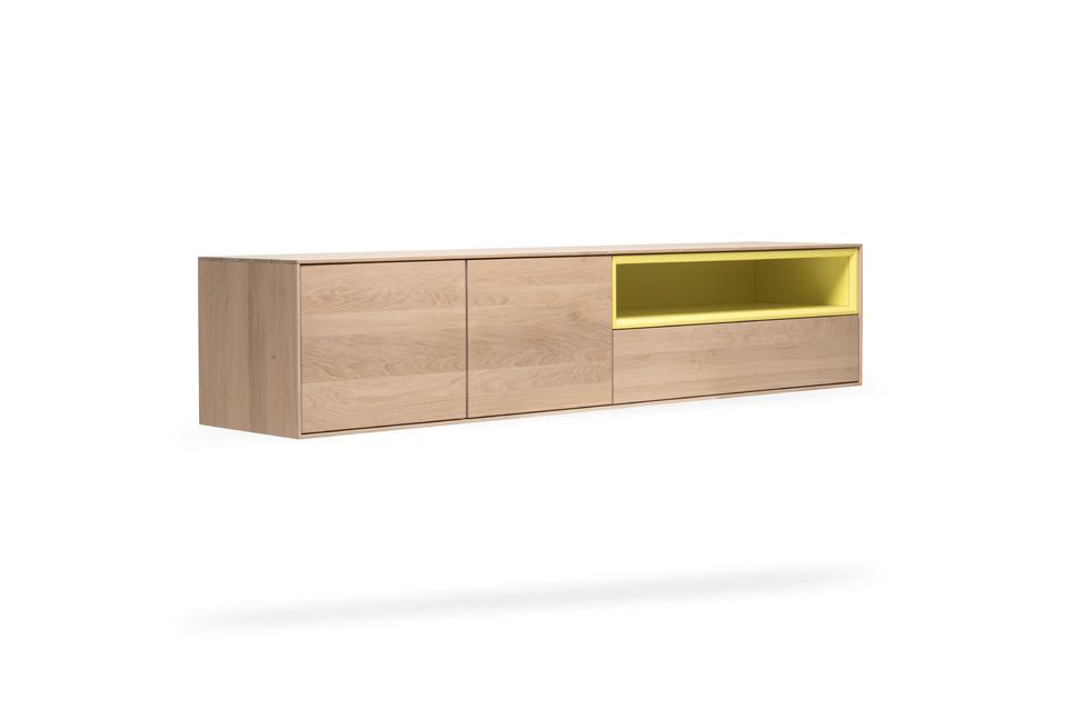 RABA Massivholz Hängesideboard jetzt neu im SOLIDMADE Shop! #solidmadedesignfurniture #new #product #picoftheday #designmöbel #interiordesign #möbel #furniture