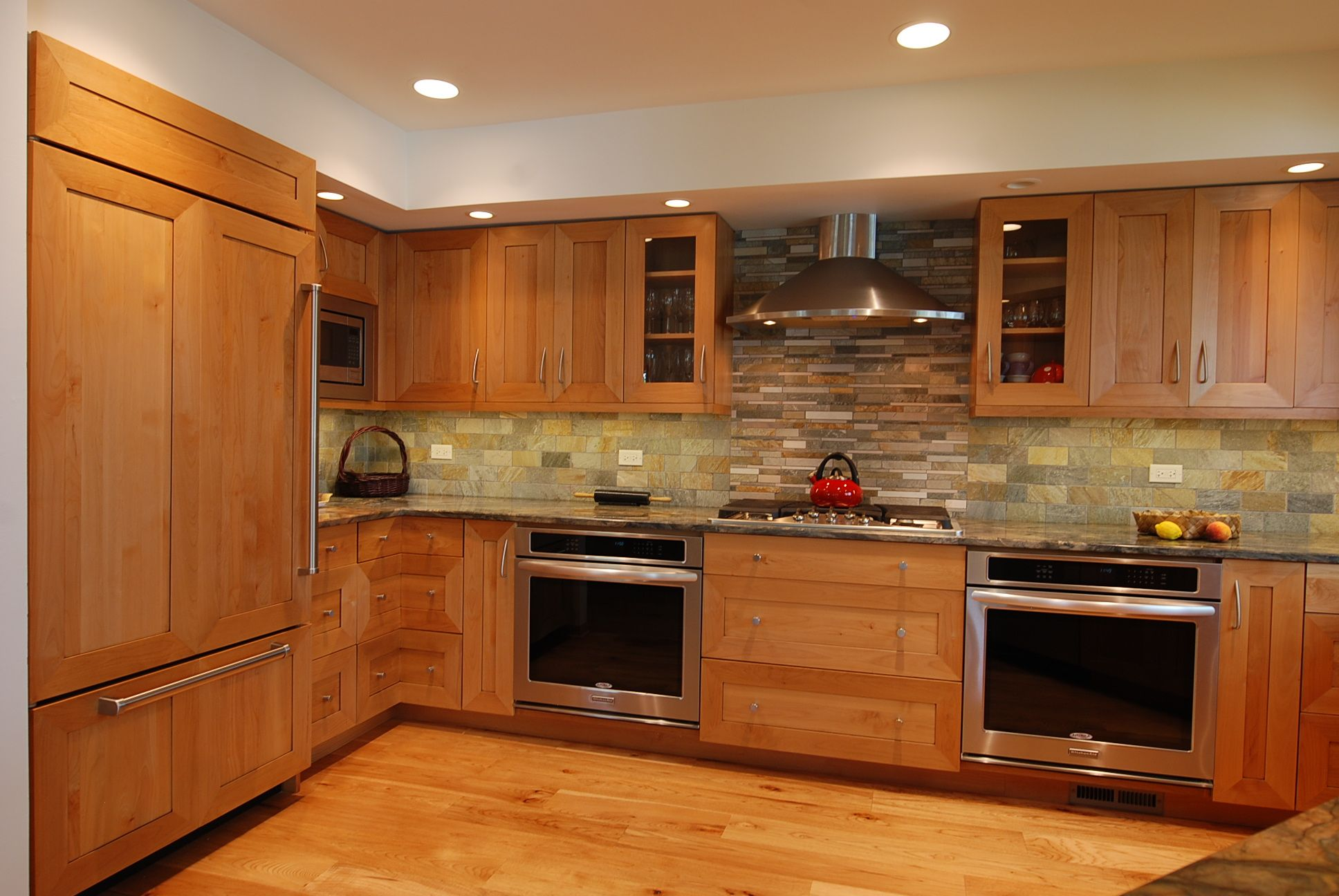 Pecan Cabinets With Granite | www.cintronbeveragegroup.com