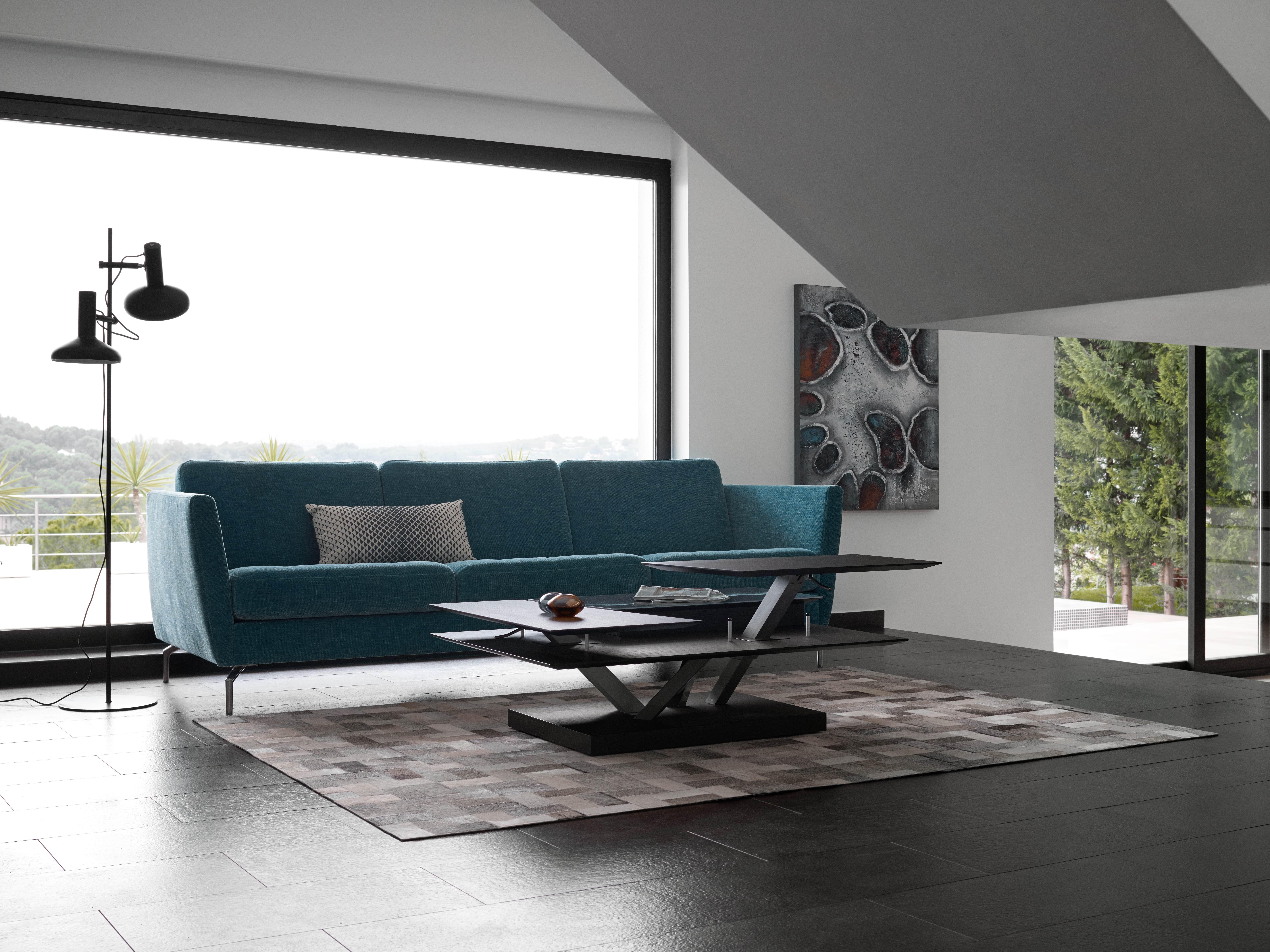 osaka sofa mit t rkisem napoli stoff und barcelona couchtisch boconcept living. Black Bedroom Furniture Sets. Home Design Ideas