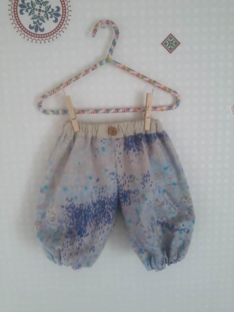 nani IROさんのダブルガーゼでもんぺパンツ作りました!とってもかわいいシルエットで履いてる本人も動きやすくて、汗をかいてもサラサラです(*≧&f...|ハンドメイド、手作り、手仕事品の通販・販売・購入ならCreema。