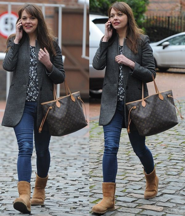994ca0a8493 How to Wear Ugg Boots with Jeans — 8 Ways Celebrities Styled Them ...