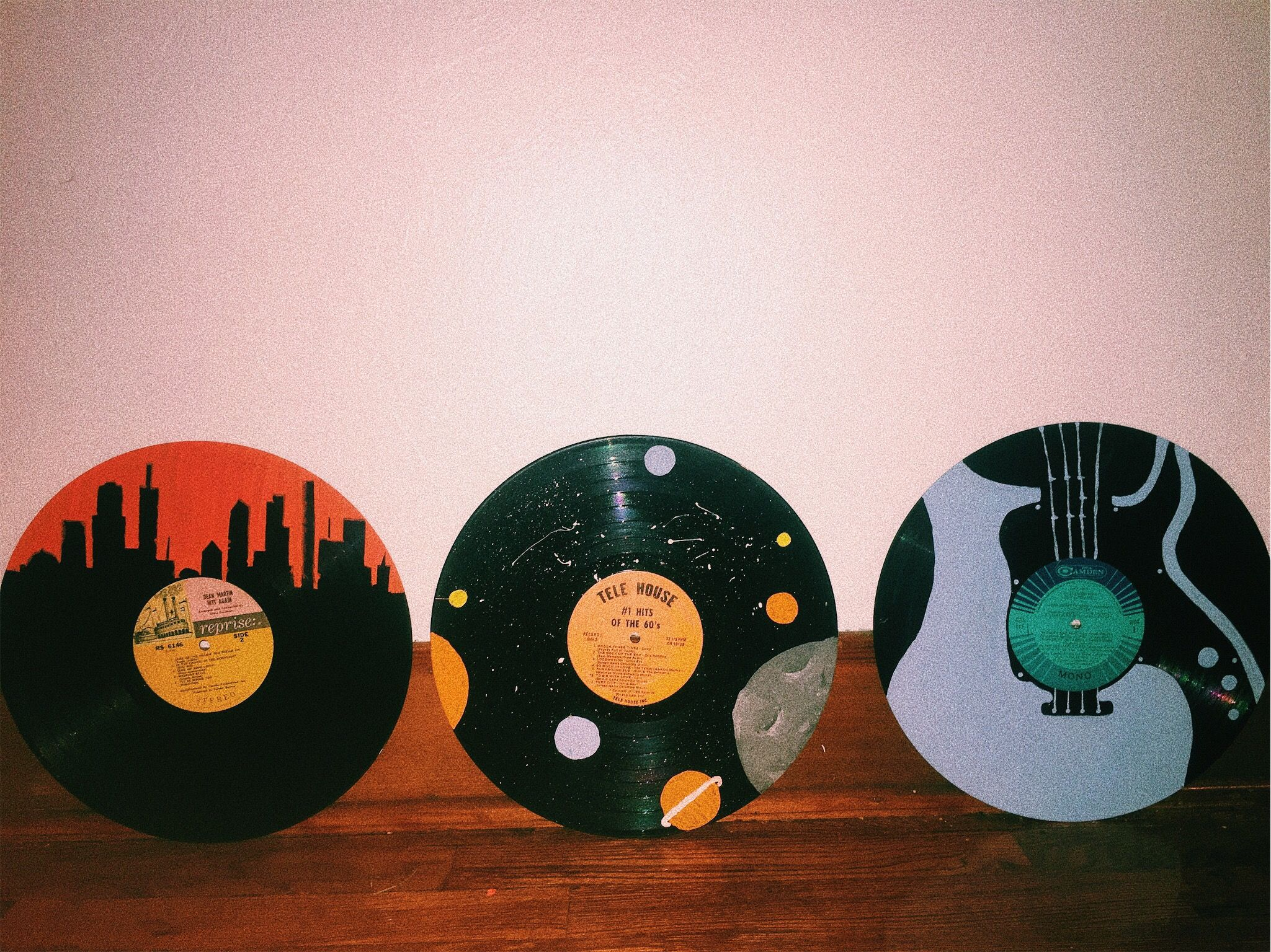 Old Painted Records Records Vintage Homedecor Diy Vinyl Record Art Vinyl Record Art Ideas Vinyl Art Paint