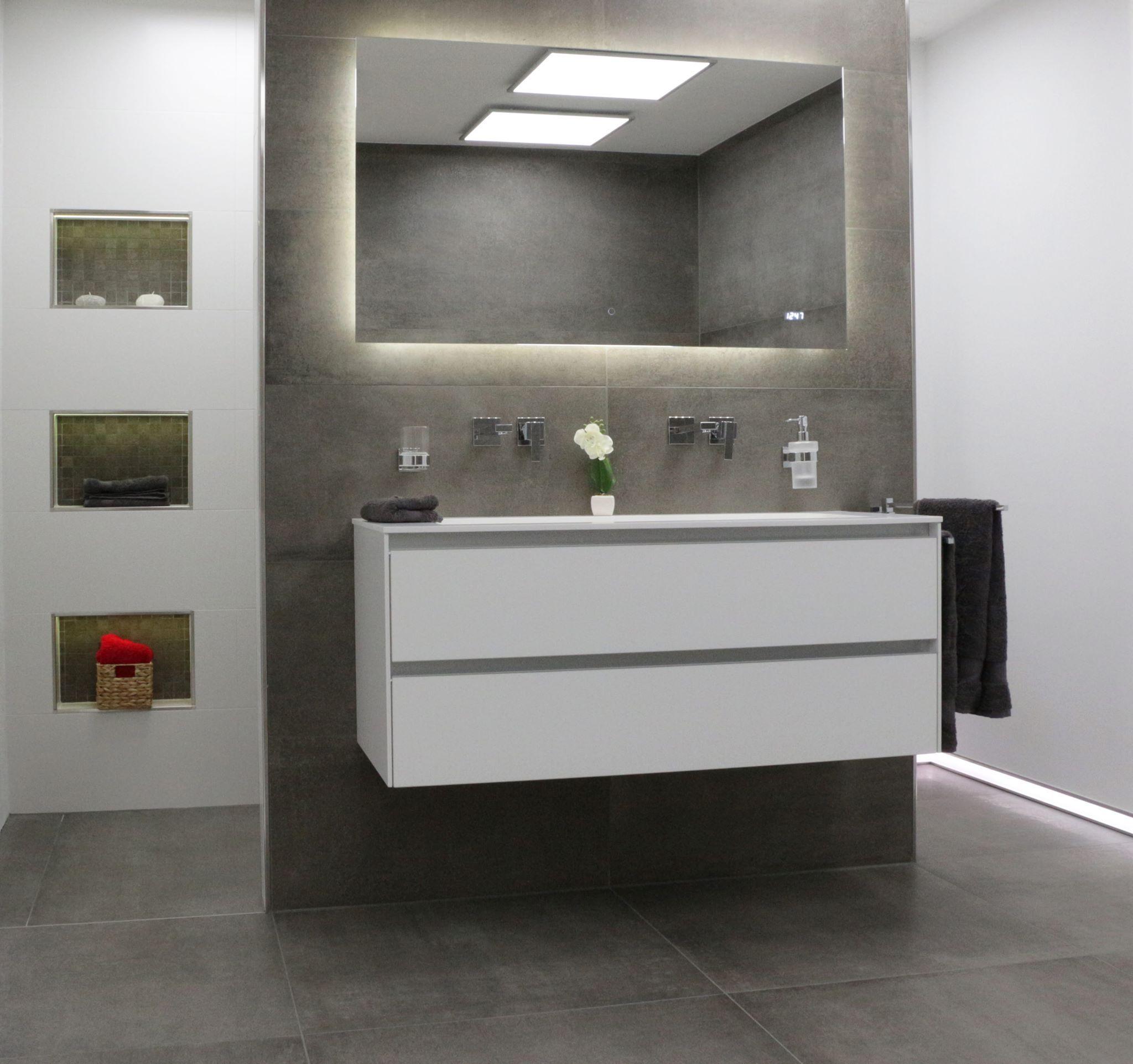 fliesen in betonoptik liegen weiterhin stark im trend jetzt auf walls. Black Bedroom Furniture Sets. Home Design Ideas