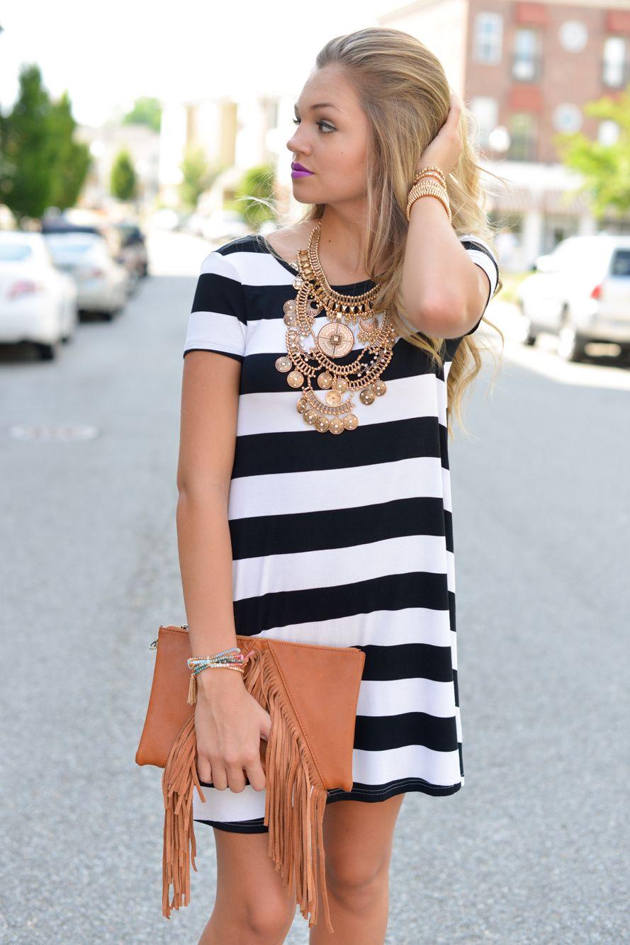 Stripe dress Curtidas, Boutique De Moda, Roupas De Mauricinho, Roupas Para  O Outono