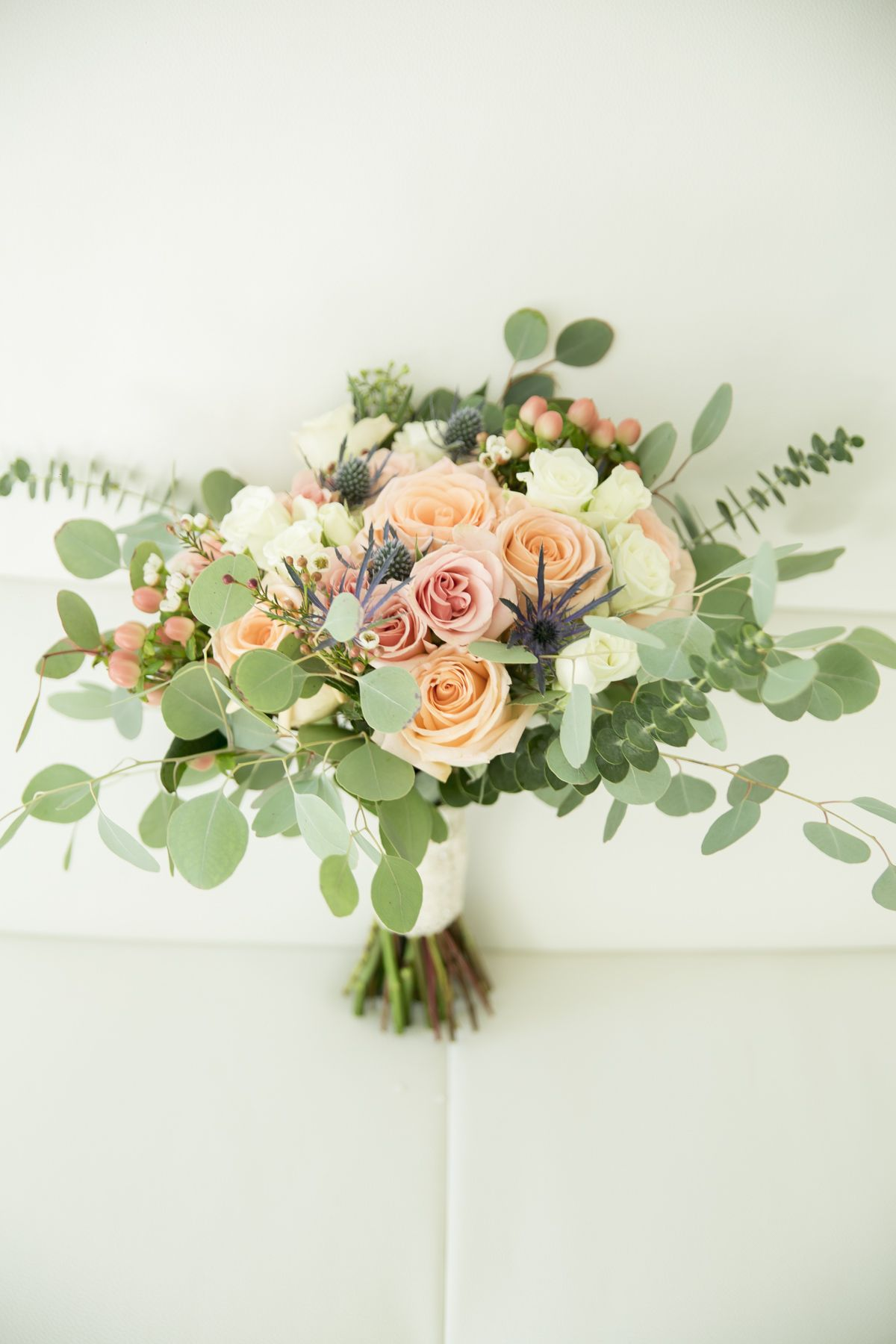 Peachy Sunshine Bouquet From Knkflowercom