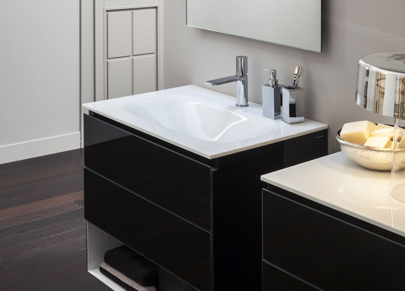 Artelinea Bagno ~ Artelinea s modern wall mount bath vanity vero collection