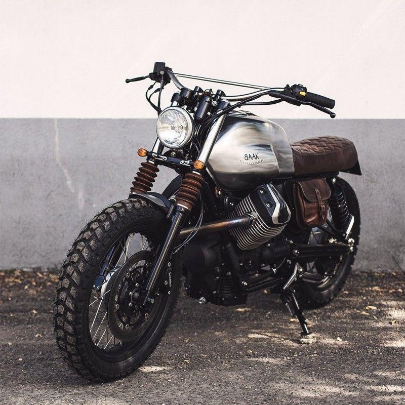 moto guzzi v7 scrambler with leather pack moto guzzi. Black Bedroom Furniture Sets. Home Design Ideas