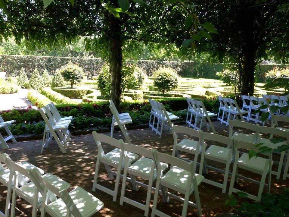Wedding Ceremony Held At Alowyn Gardens