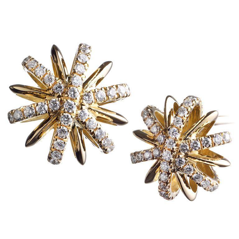 Alexandra Mor A Pair Of 10mm Snowflake Stud Earrings