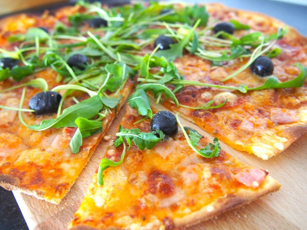 Maailman paras pizza / Kotitalosta http://www.stoori.fi/kotitalosta/maailman-paras-pizza/