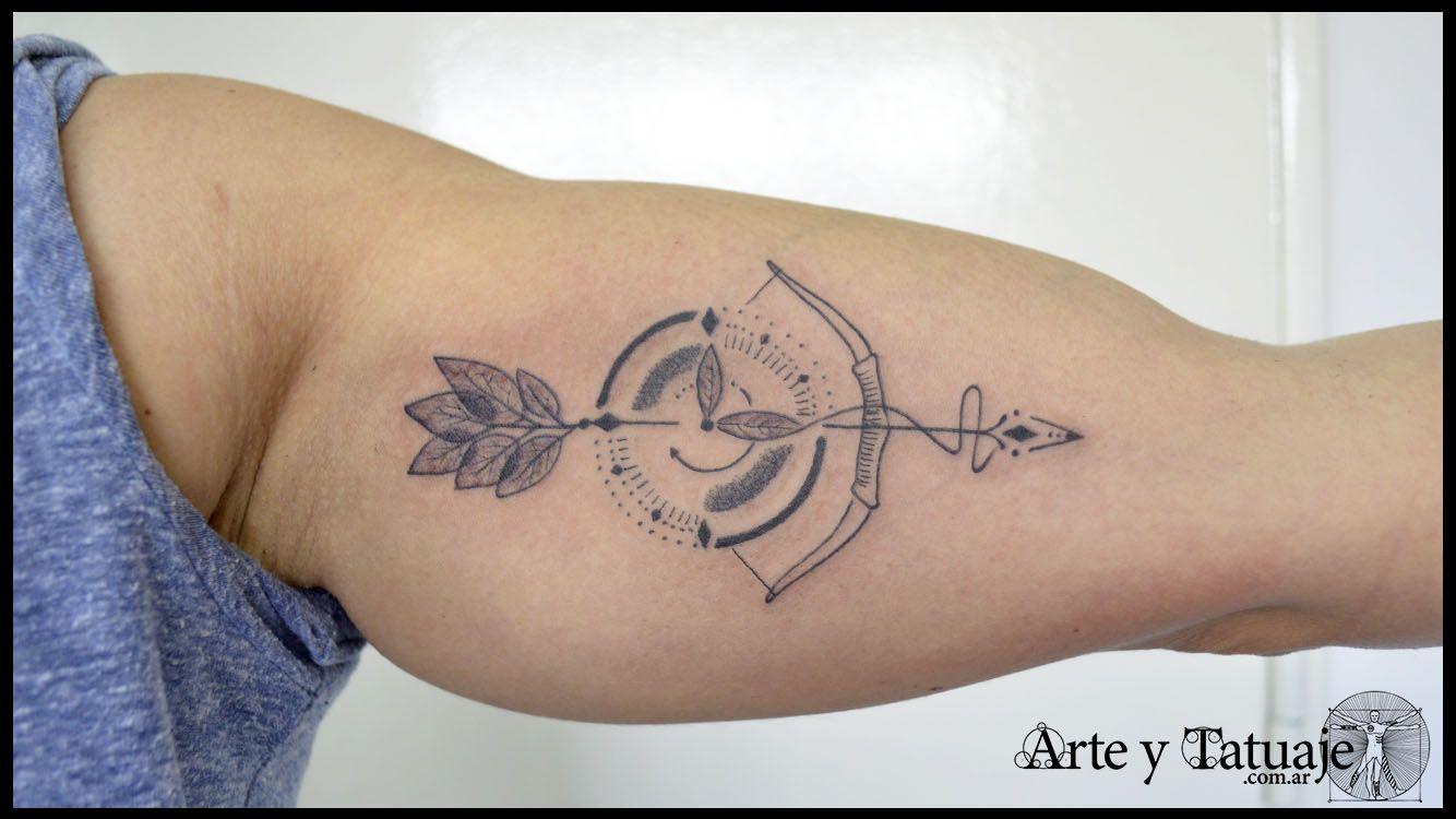 Tatuaje de arco de sagitario, reloj y flecha, personalizado en #arteytatuaje Tatuado por Javier. Trabajamos con citas, llamando al 4312-4645 o escribinos a arteytatuaje@gmail.com #tatuajes #tattoos #tattoo #arco #sagitario♐ #sagitario #flecha #flechatattoo #reloj #tattooreloj #relojtattoo #design #designtattoo #sagitariotattoo #tattoodesigns #blackandgreytattoos Seguinos en nuestras redes: FB: @estudioarteytatuaje IG: @estudioarteytatuaje TW: @arteytatuaje