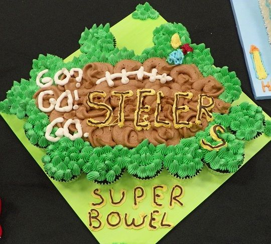 Silly Steelers CCC for a Cake Wrecks book signing by FaithfullyCakes, via Flickr