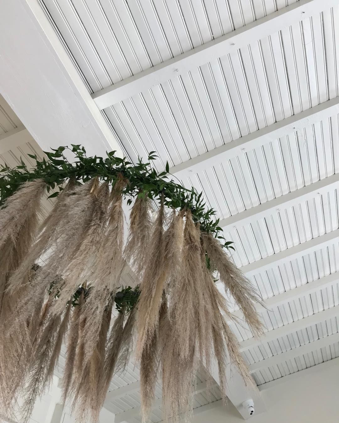 Art Deco Stil Duden Pampas Grass Chandelier For White Party Nikkybeachversilia