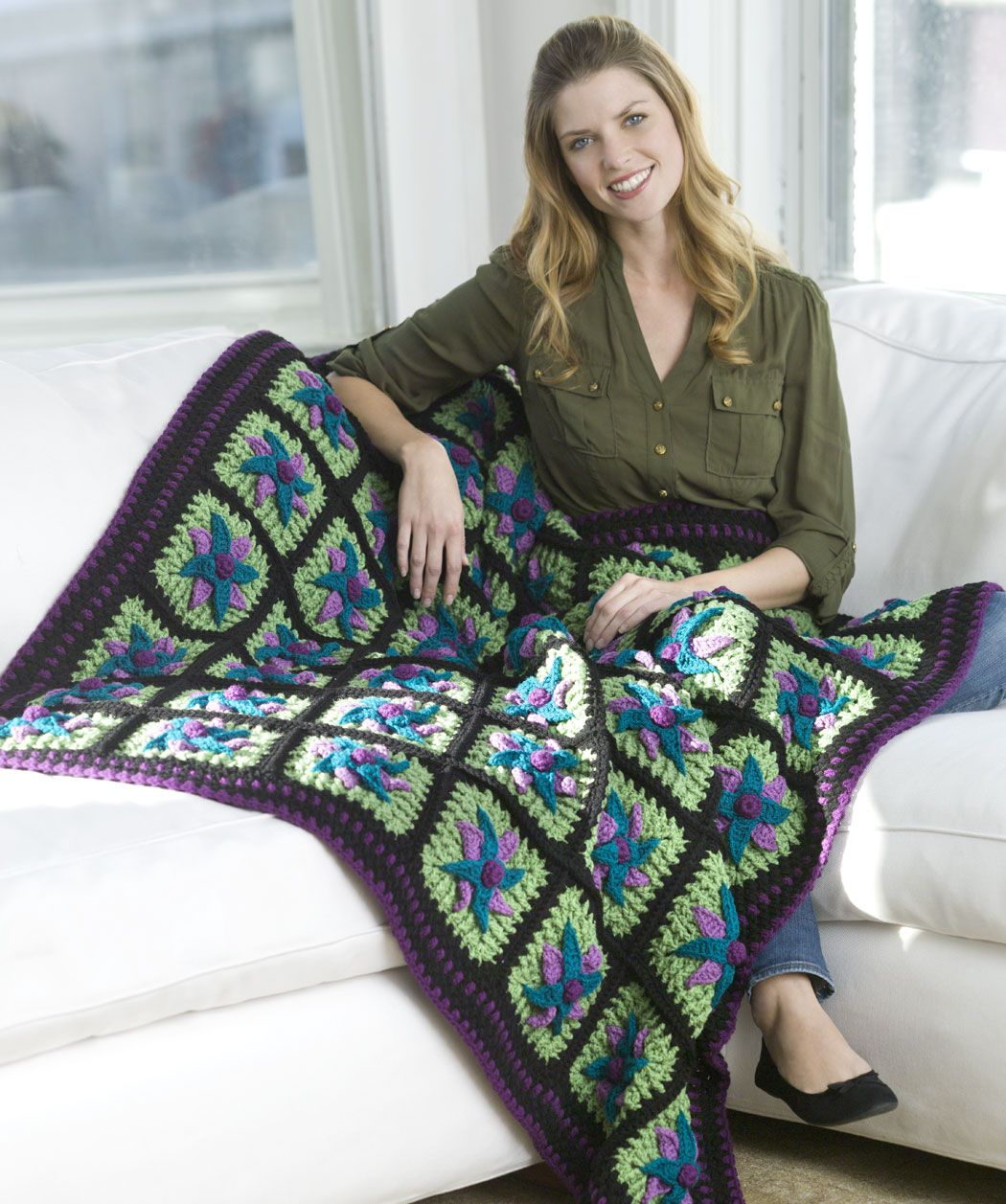 Passion Star Flower Throw Free Crochet Pattern from Red Heart Yarns ...