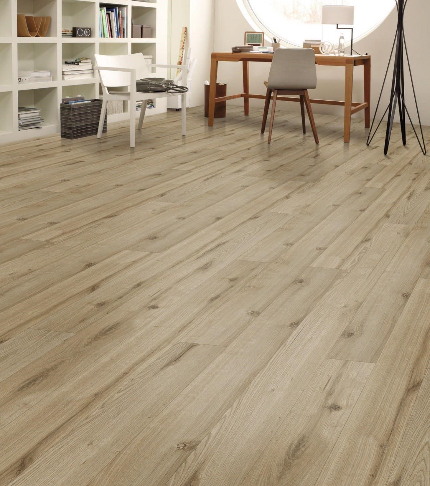 Harðparket Húsasmiðjan Flooring, Wood laminate
