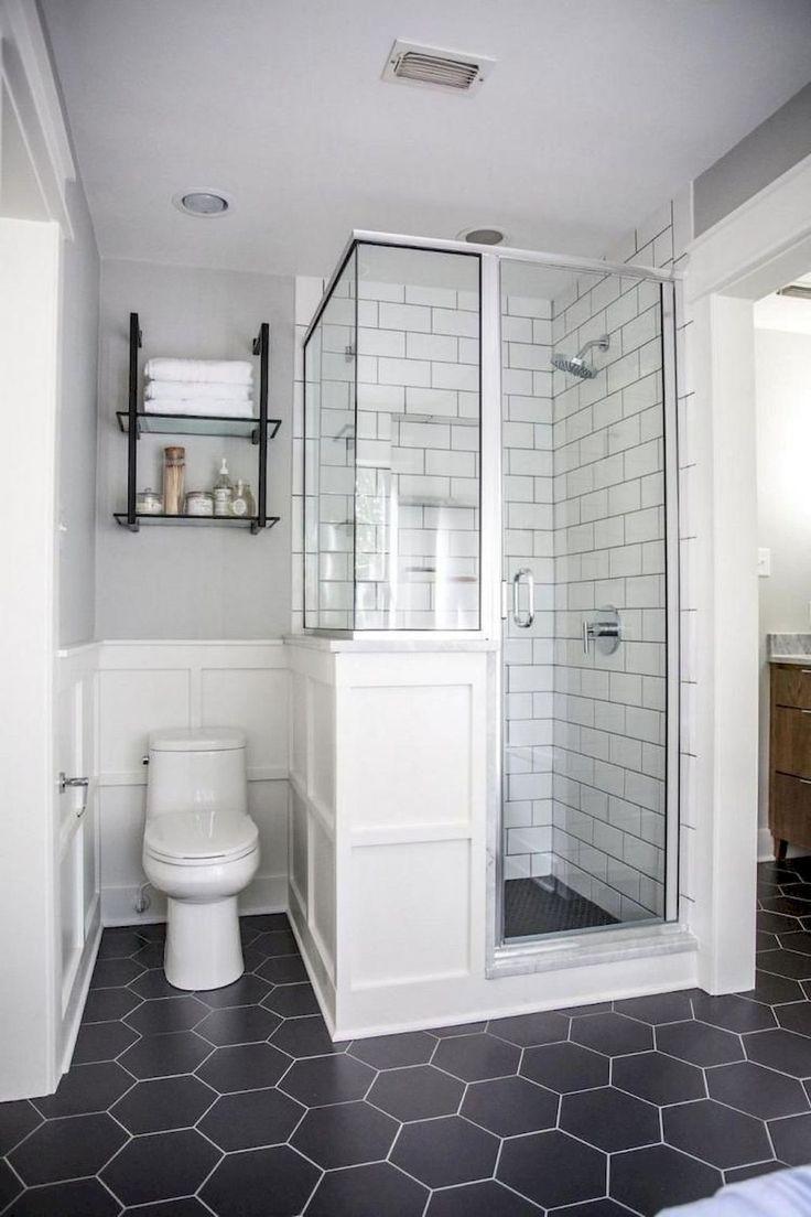 Black And White Bathroom Small Space Small Shower Farmhouse Smallbathroomrenovations Bathroom Design Small Master Bathroom Renovation Small Master Bathroom