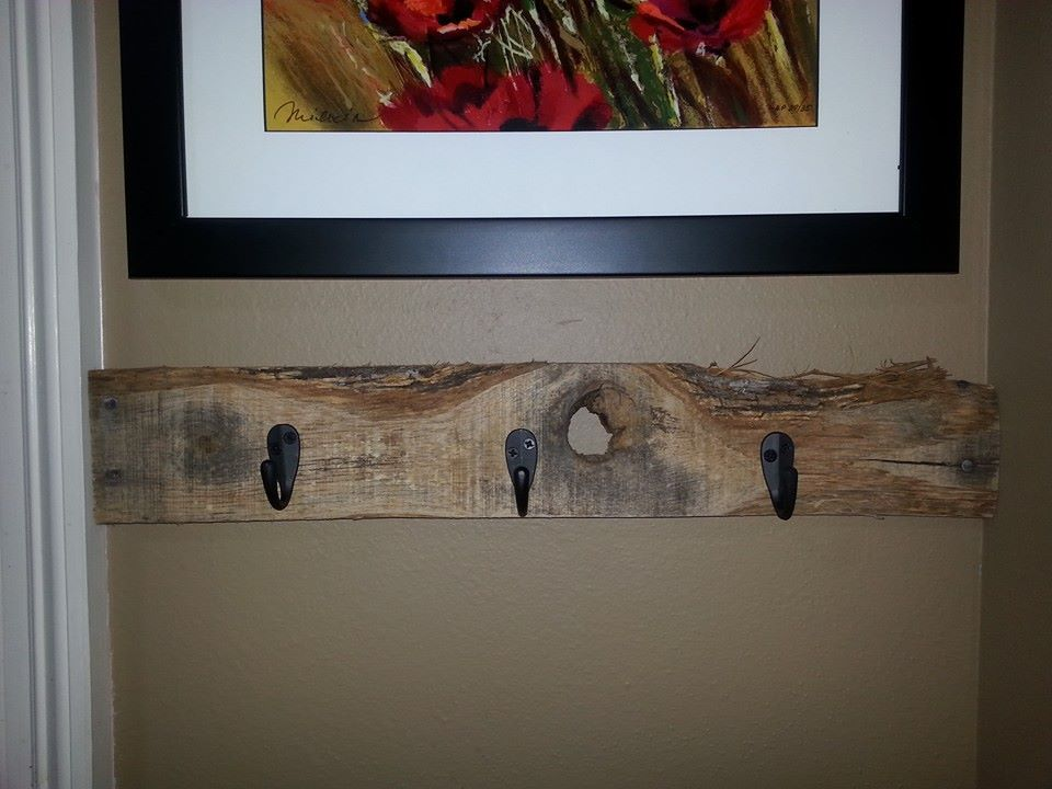 """16"""" wood pallet board with character! Sells for $12 plus shipping. ITEM SOLD but I can make a similar one. Item #111"""