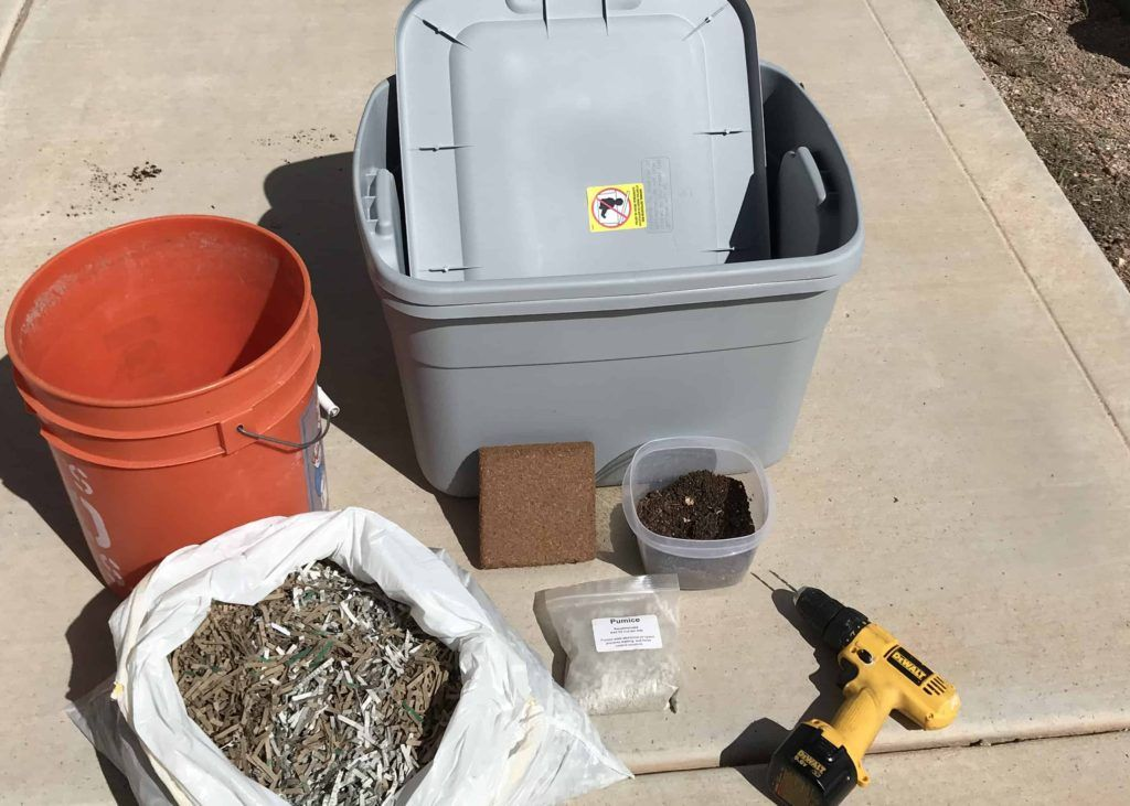 How to build a worm farm worm farm red wiggler worms worms